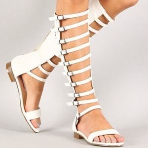 NWT Buckled Gladiator Stud Cross Sandal white  10